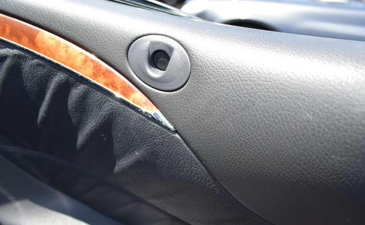 Mercedes clk wind deflector trim panel hole designed love the drive