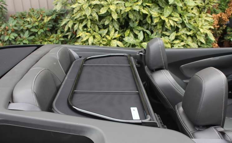 Camaro convertible wind deflector laying flat 2011 to 2015